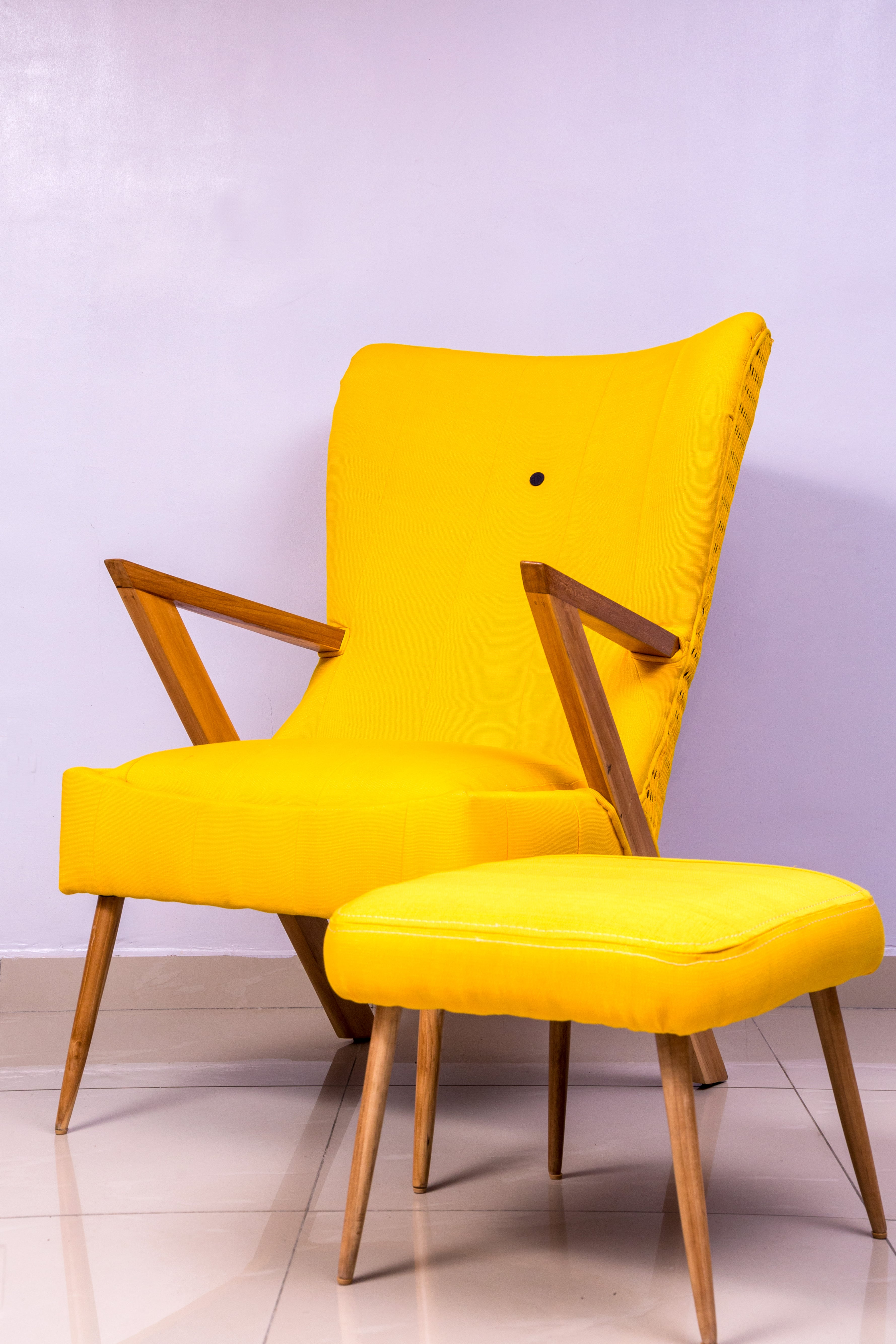 Adunni pon chair by Ile.Ila (House of Lines)